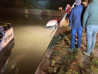 FW-DO: Überörtliche Hilfeleistung in Waltrop - PKW im Datteln-Hamm-Kanal