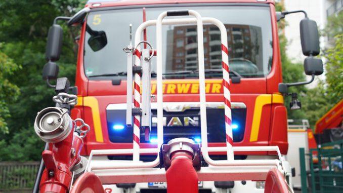 FW Dresden: flächendeckender Stromausfall führt zu erhöhtem Einsatzaufkommen bei Feuerwehr und Rettungsdienst