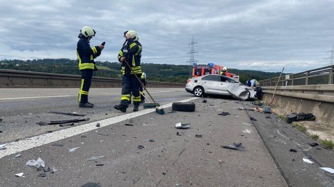 FW-EN: Mehrere Einsätze am Wochenende - Vorbildliche Rettungsgasse auf der Autobahn