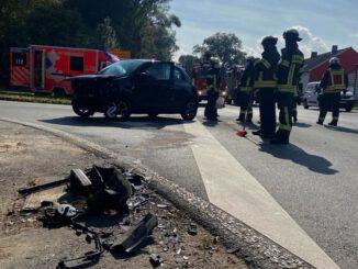 FW-EN: Verkehrsunfall mit zwei verletzten Personen - Einsatz auf der Gederner Straße