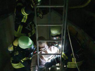 FW Lügde: 17 Feuerwehrleute bestehen Atemschutzlehrgang