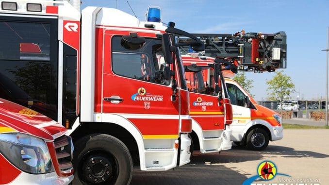 FW-MG: Kellerbrand in einem Mehrfamilienhaus
