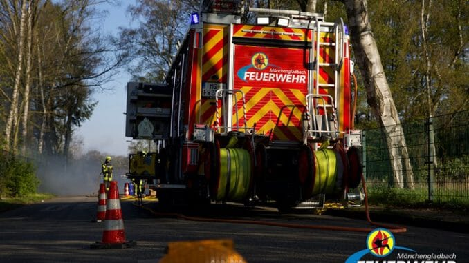 FW-MG: Verkehrsunfall, eine verletzte Personen