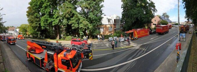 FW-MH: Am heutigen Samstag kam es um kurz vor 14 Uhr zu einem Brand in einer Tiefgarage in Mülheim-Speldorf.