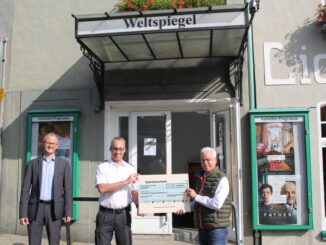 FW Mettmann: Feuerwehr freut sich über Spende vom Weltspiegel Kino in Mettmann