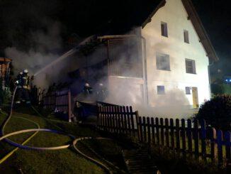 FW Wenden: Gemeldeter Gebäudebrand rasch gelöscht
