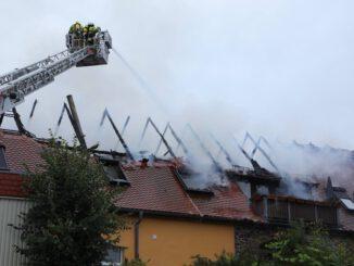FW Dresden: Dachstuhlbrand