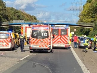 FW-EN: Zwei Brandalarme, ein Verkehrsunfall und Gasalarm