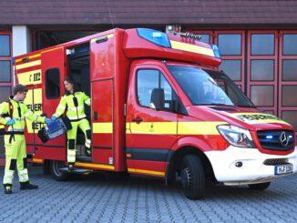 FW-M: Traumjob zu vergeben: Die Berufsfeuerwehr München bildet Notfallsanitäterinnen und Notfallsanitäter aus
