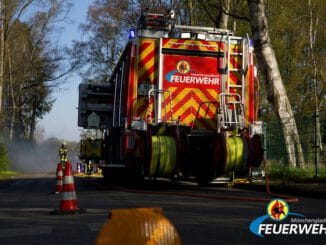 FW-MG: Verkehrsunfall mit zwei beteiligten Fahrzeugen auf der A61