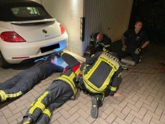 FW-MH: Feuerwehr befreit Reh aus Notlage