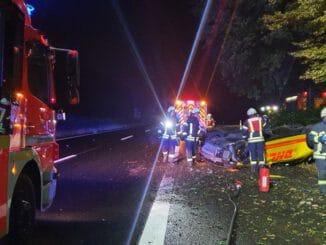 FW-MH: Verkehrsunfall mit zwei Verletzten auf der Bundesautobahn A40