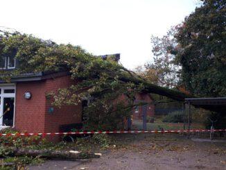 FW-NE: Sturm Ignaz bringt Arbeit für die Feuerwehr Neuss