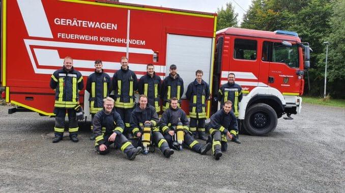 FW-OE: neun neue Atemschutzgeräteträger bei der Feuerwehr der Gemeinde Kirchhundem