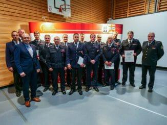 FW-PB: Zahl der aktiven Feuerwehrleute im Kreis Paderborn steigt trotz Corona deutlich an