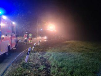 FW-Schermbeck: Elektrofahrzeug in Graben