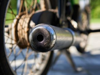 Moped Simson Exhaust Pipe Cc Gdr  - Lakeblog / Pixabay